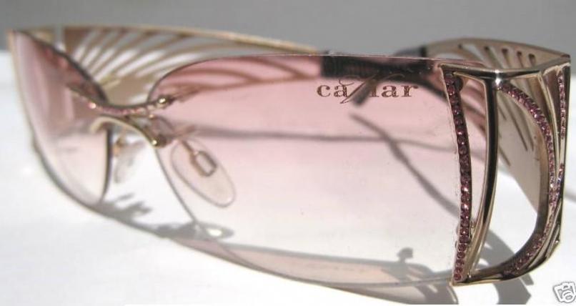 CAVIAR 6828 in color C57